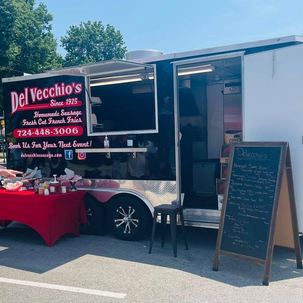 Del Vecchio Sausage & Fries food truck profile image
